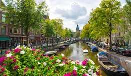 Travel Cheap in Amsterdam