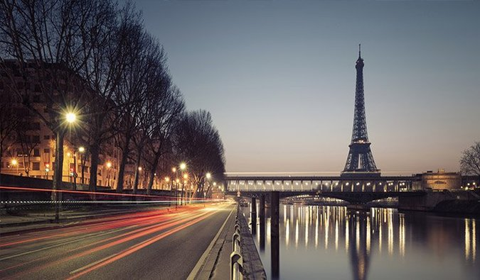 Travel Cheap in Paris, France