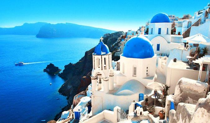 Travel Cheap in Greece