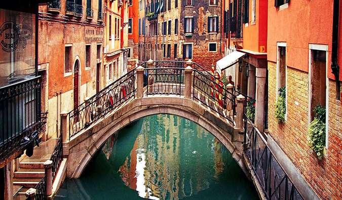 Travel Cheap to Venice, Italy