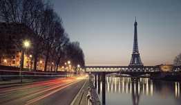 Travel Cheap in Paris, France