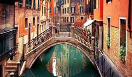 Travel Cheap to Venice, Italy