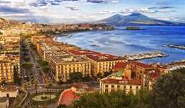 Travel Guide   Naples, Italy